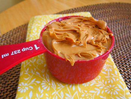 peanut butter energy bites 007