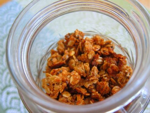 almond butter granola 028