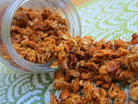 almond butter granola