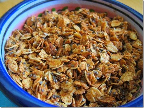 cinnamon chia seed granola
