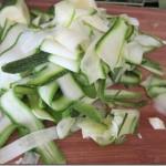 zucchini noodles 003