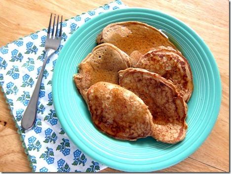 gingerbread pancakes 013