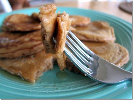 gingerbread pancakes 018
