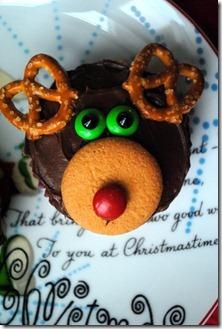 reindeer cupcakes 061