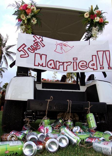 wedding-golf-cart.jpg - Peanut er Fingers on ford think electric golf cart, burning man golf cart, pink golf cart,