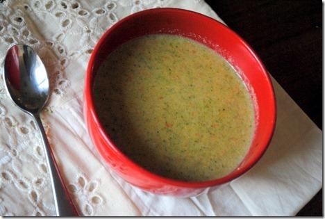 broccoli cheese soup healthy 003
