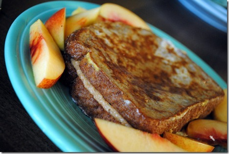 peanut butter stuffed french toast 016