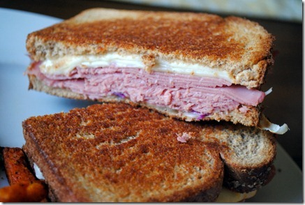 reuben sandwich 509-1