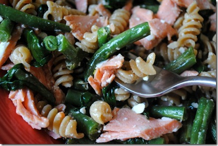 salmon pasta 050-001
