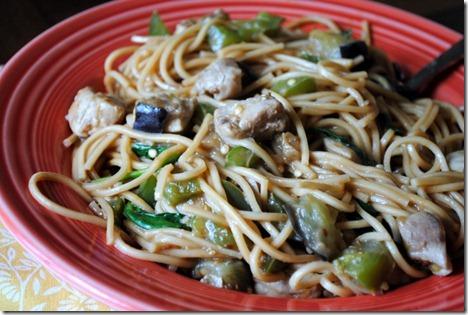 annie chun's peanut sauce noodles 019