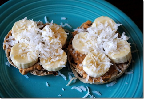 english muffin with peanut butter and banana 005