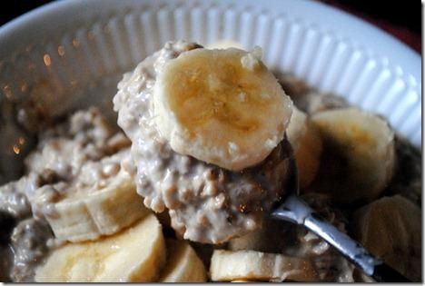 overnight oats with banana voskos