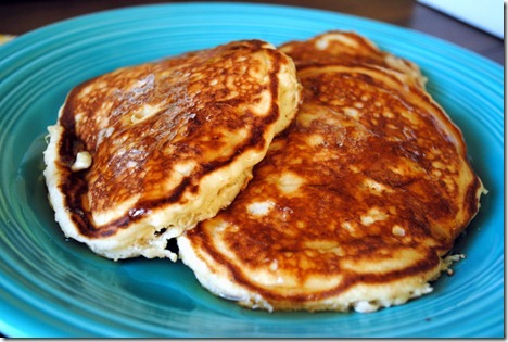 banana bisquick pancakes