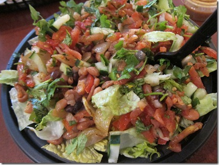 moe's salad with beans