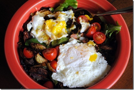 eggs on top of salad 001