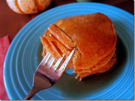 Whole Wheat Pumpkin Pancakes (3)