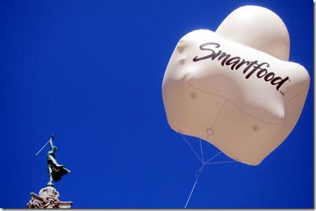 Smartfood popcorn balloon