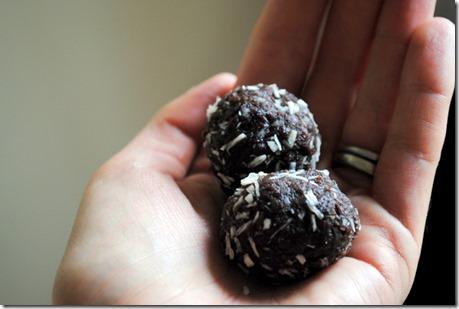 chocolate walnut date truffles