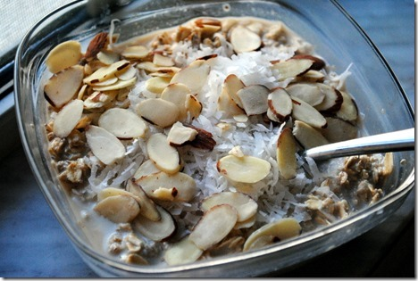overnight oats almonds and coconut