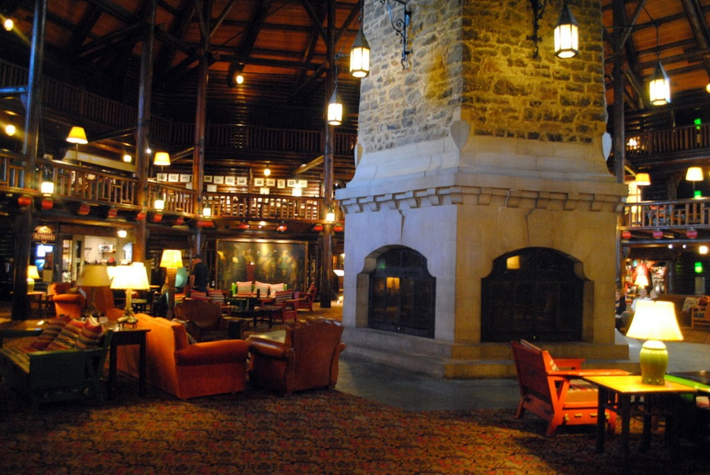 Coronation hall cider mills fairmont le chateau for Montebello fireplace