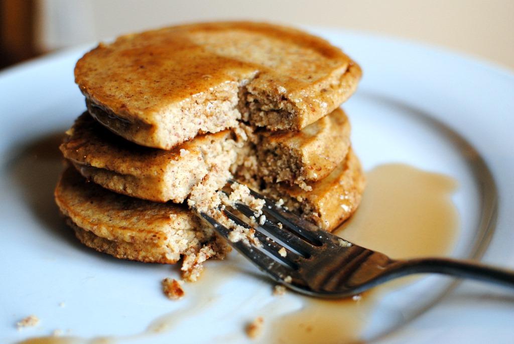 recipe: almond flour pancakes [32]