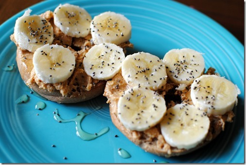 Bagel topped with  banana, honey and chia seeds
