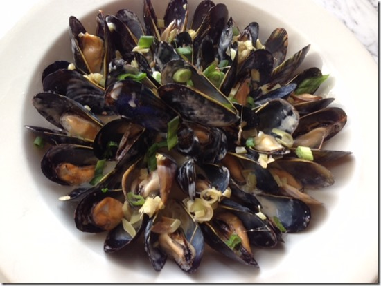Lemongrass Mussels