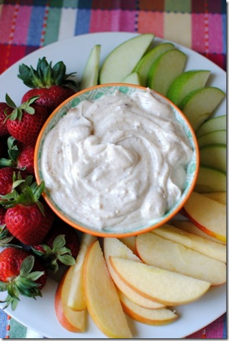 Healthy Greek Yogurt Fruit Dip