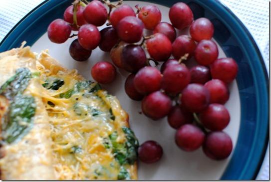 quesadilla and grapes