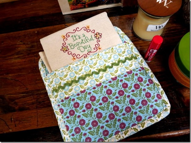 Potholder with Embroidered Towel_thumb
