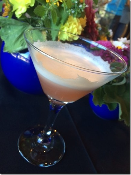 strawberry tea infused cocktail_thumb[1]