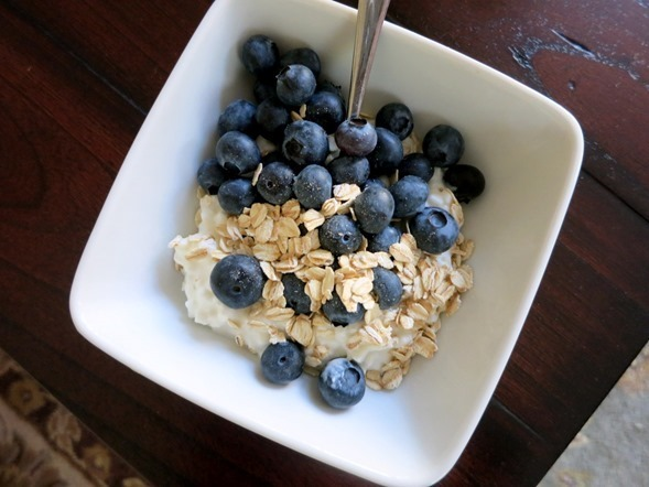 cottage cheese and blueberries_thumb