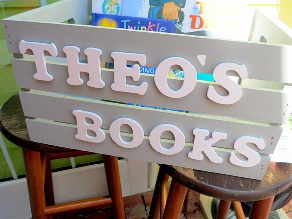 baby shower book crate
