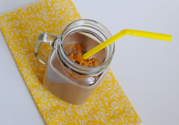 Chocolate Peanut Butter Cheesecake Smoothie Recipe