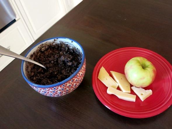 apple with jarlsberg cheese