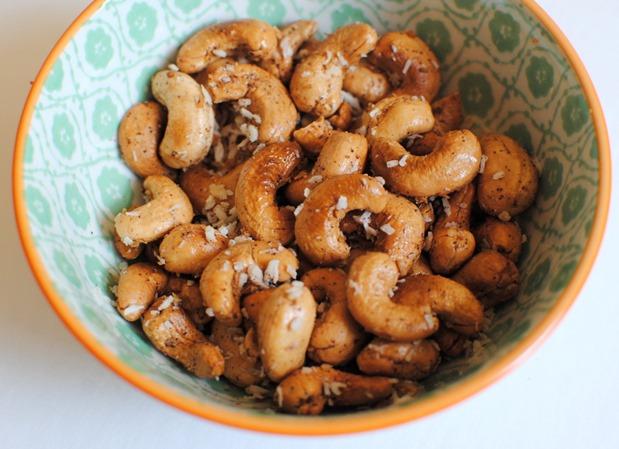 Cinnamon Coconut Roasted Cashews