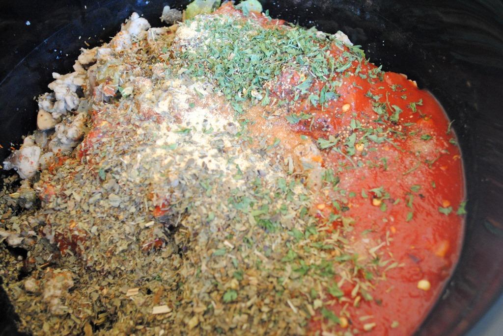 Crock Pot Turkey and Mushroom Bolognese Sauce - Peanut Butter Fingers
