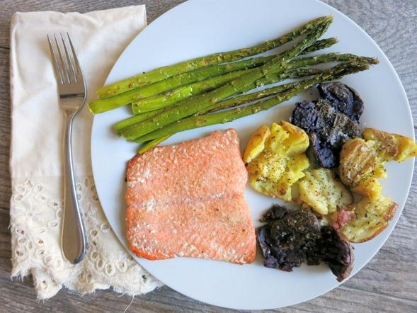Healthy Dinner Ideas - Salmon, Smashed Potatoes, Asparagus