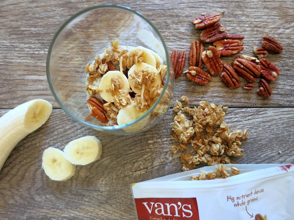 how to eat chia seeds in yogurt