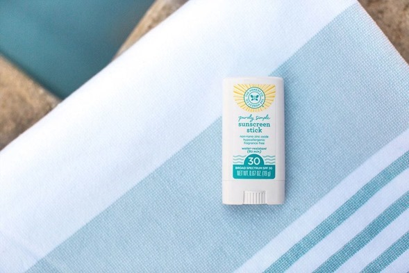 Honest Company Sunscreen Stick