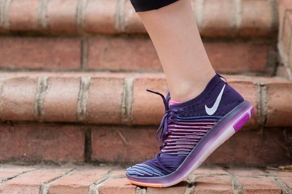 Nike Flyknit Purple