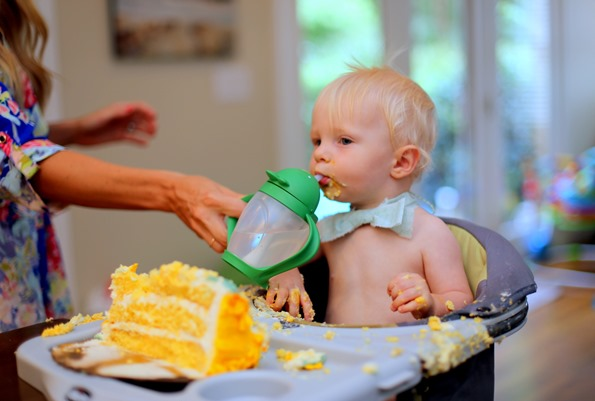 Smash Cake Water Break