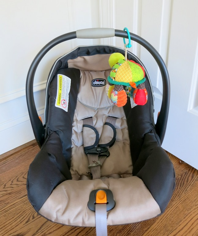 car seat safety q a chicco keyfit 30 car seat giveaway peanut butter fingers. Black Bedroom Furniture Sets. Home Design Ideas