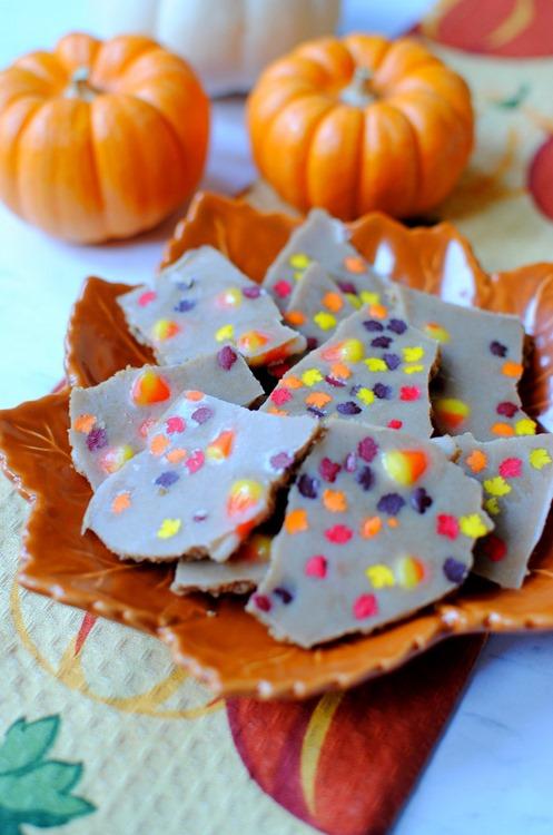 Easy Pumpkin Spice Bark