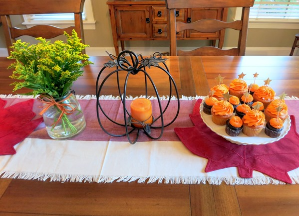 Friendsgiving Table Spread