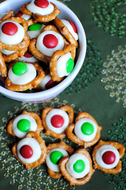Christmas Pretzels - Perfect gift for coworkers, teachers and friends