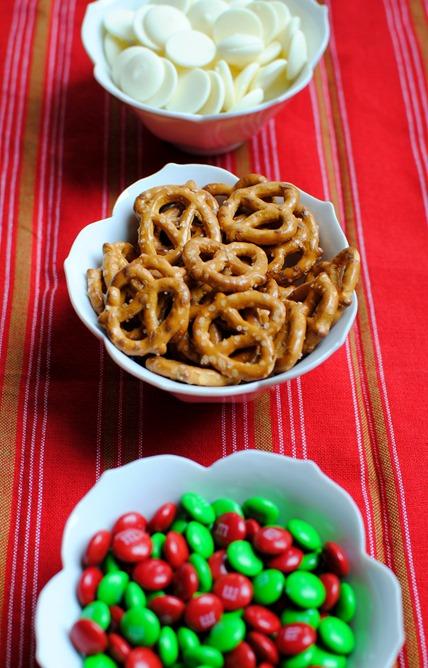Easy Holiday Pretzels Recipe