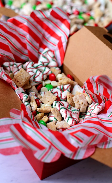 Christmas Puppy Chow.Holiday Puppy Chow Large Batch Christmas Puppy Chow Recipe
