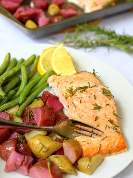 Paleo Sheet Pan Salmon