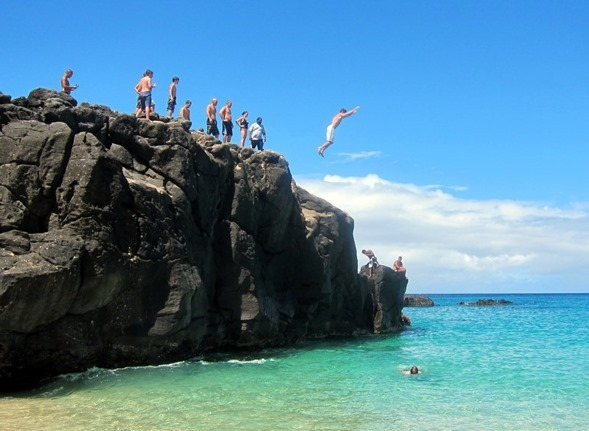Rock Jumping Waimea FAlls